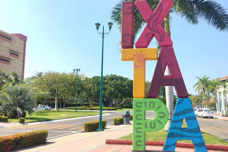 3 Cities in 1 Tour Ixtapa Complete Tour (Super Combo) | Pacific Tours Ixtapa. This is a Complete tour of the three cities, Ixtapa Resort Zone, Zihuatanejo Fishing Village and Petatlan Cathedral. Things to do in Ixtapa Zihuatanejo
