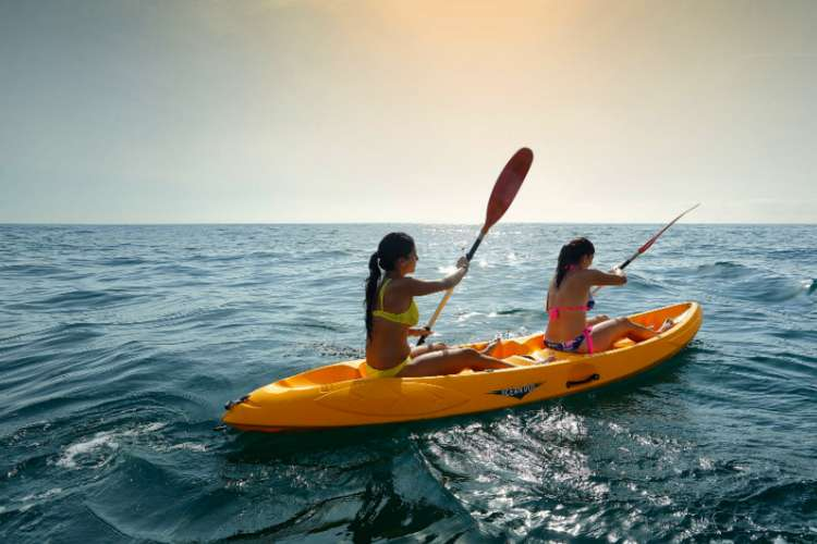 Snorkeling & Kayaking at Ixtapa Island Mexico | Pacific Tours Ixtapa. Come and enjoy two activities at the well know snorkel place in Ixtapa, Ixtapa Island, snorkel and kayak 2 activities you must do while visiting Ixtapa Zihuatanejo. Tours in Ixtapa Zihuatanejo