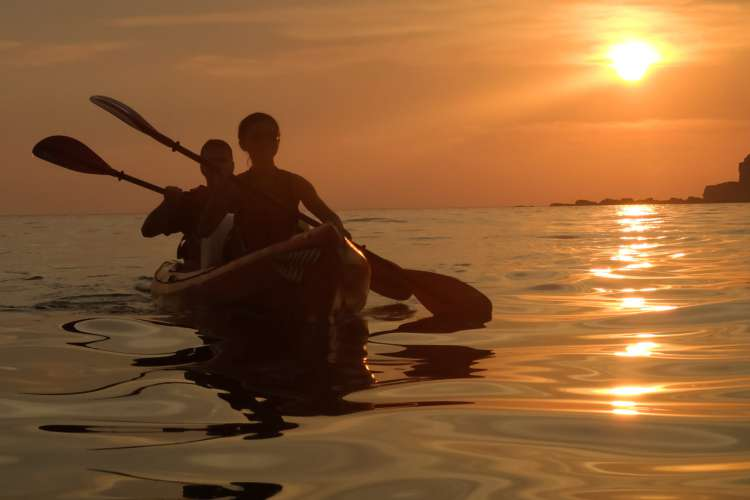 Sunrise Kayak Tours in Zihuatanejo Ixtapa | Pacific Tours Ixtapa. The tour begins with a pick up in your hotel lobby (Ixtapa or Zihuatanejo) by 7:30 am to provide you with transportation to the well know salt water lagoon of BARRA DE POTOSI, this is the place where we will be kayaking for about 2 hours. Things to do in Ixtapa Zihuatanejo